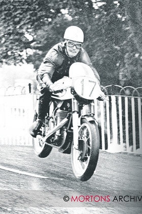 004 030 archive pic 