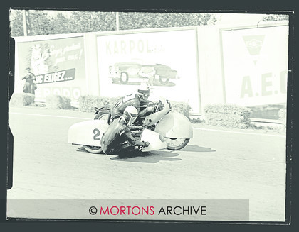 047 Glass Plate 06 Box-16015 
