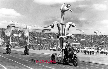 006 Classic Archive 01 