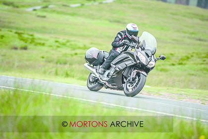 027 Yamaha XJR1300 011 