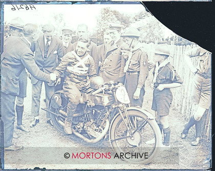 051 SFTP 1926 Senior TT 06 