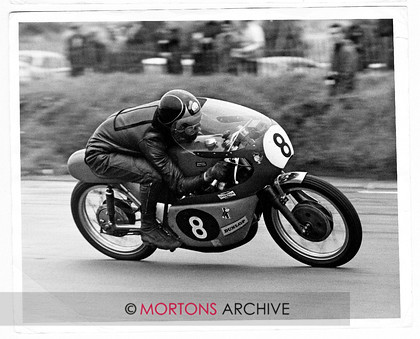 B 004 