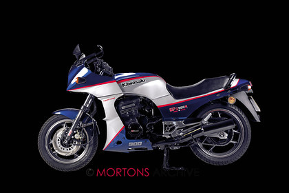 001 cover gpz 