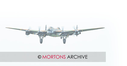 WD523901@Flying 20 