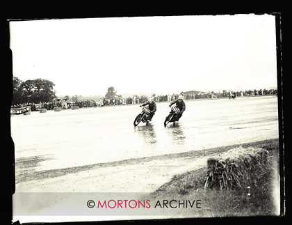 053 SFTP 1951 Thruxton A03 