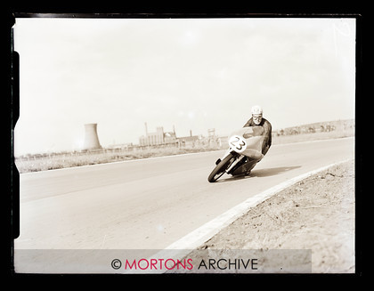 062 Glass Plate 09 