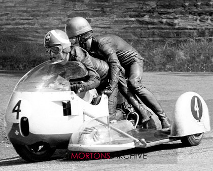 008 News Sidecar 01 