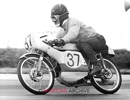 008 paddock gossip 01 