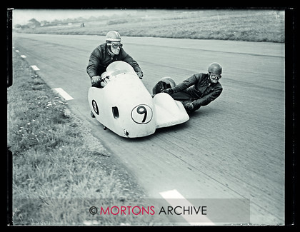 Aintree 1956 03 
