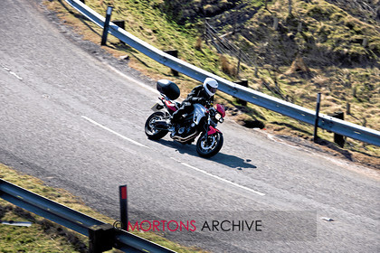 010 JOE 1359 