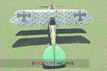 WD574820@124 Albatros 2 