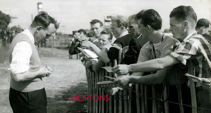 J S 0153 